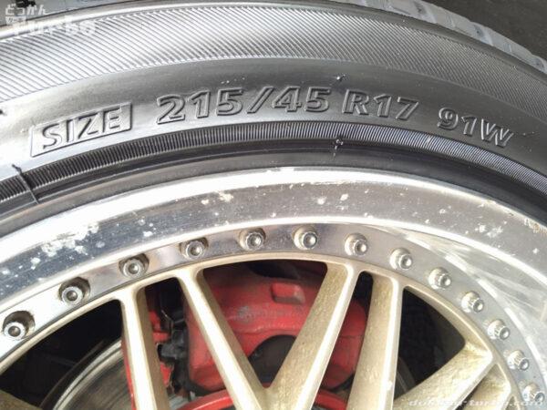 タイヤのサイズ