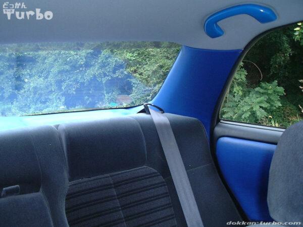 JZX90マークIIの後部座席